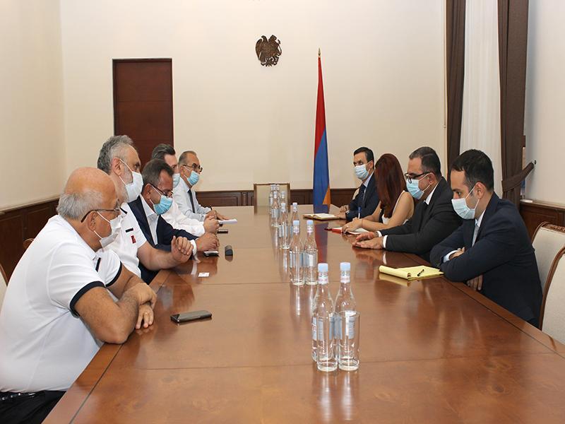 Ֆինանսների նախարարն ընդունել է Հայաստանի Արդյունաբերողների եւ գործարարների միության անդամներին
